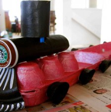 Upcycle: Egg Carton Train