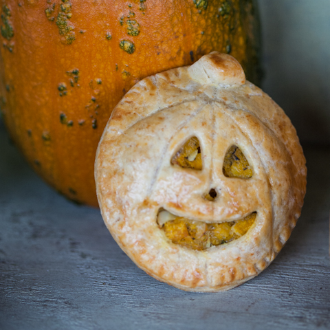 Pie O'Lantern by Flour Arrangements
