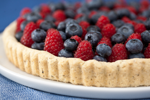 Earl Grey Tart with Berries by Flour Arrangements