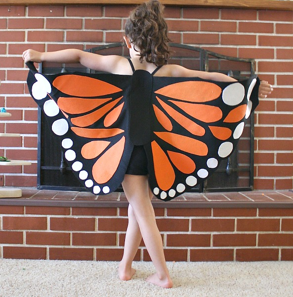 Felt Monarch Butterfly Wings (Tutorial) by Buggy and Buddy