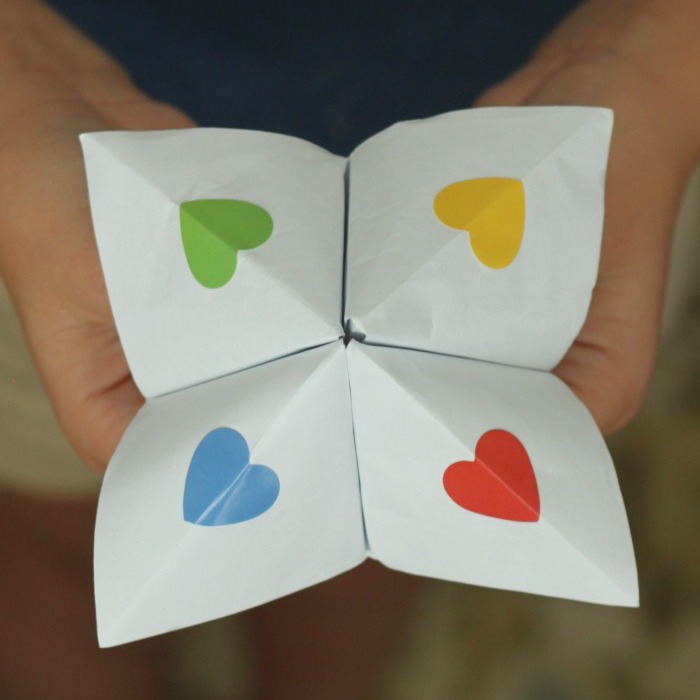 How to Make Kindness Cootie Catchers by Coffee Cups and Crayons