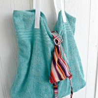 Mom Cave Beach bag feature 200x200