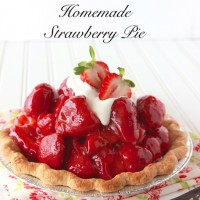 Kitchen Strawberry Pie11 200x200
