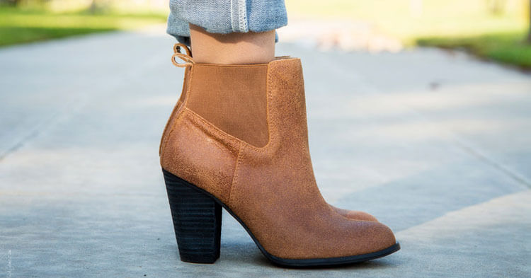 9679d2f7b42 20 Ways to Wear Boots. Stylishlyme