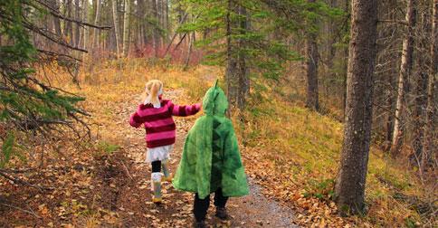 Plan an Outdoor Halloween Bash!