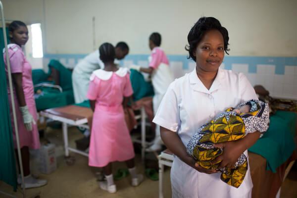 Midwife Julianna Msoffe. Labour ward. Kiomboi District Hospital, Kiomboi, Tanzania.