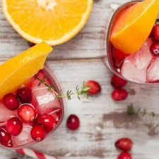 Cranberry-Orange Gin Fizz with Thyme