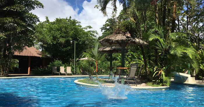 pool-tortuguero