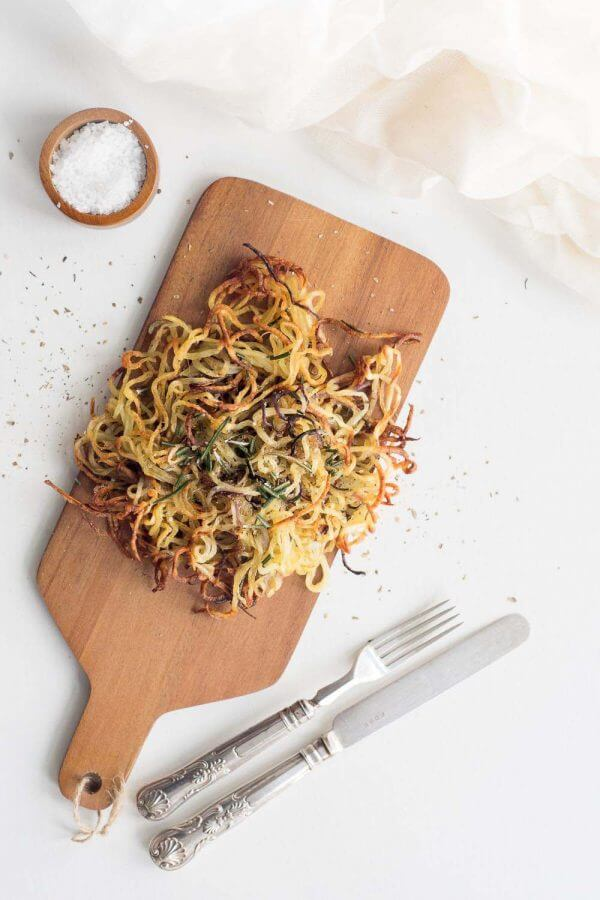 Crispy Spiralized Baked Potato Fries by Gathering Dreams