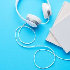 20 Best Podcasts for Kids, Tweens & Teens